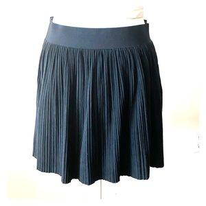 🖤BCBG Maxazaria Faux Suede Skirt